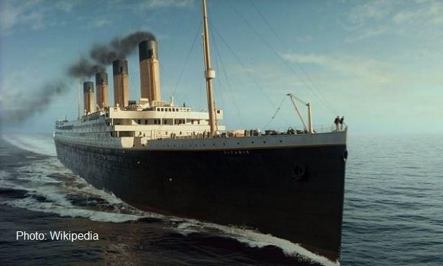 "Реплика на ""Титаник"" плава 2022 г. по маршрута на оригинала"