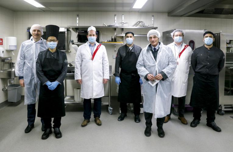 Европейският парламент подготвя по 1000 хранителни пакета