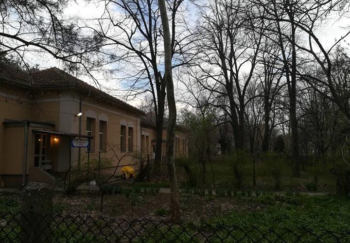Какво се случва зад телената ограда на Инфекциозното във Видин?
