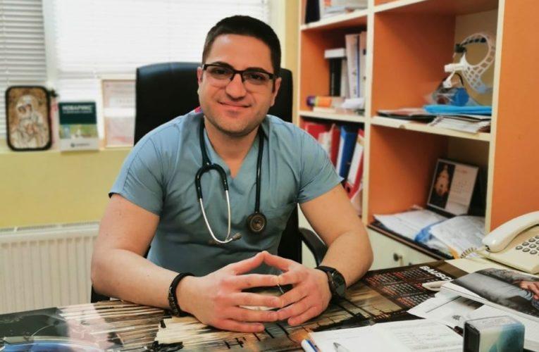 Видински лекар успешно лекува Корона-та