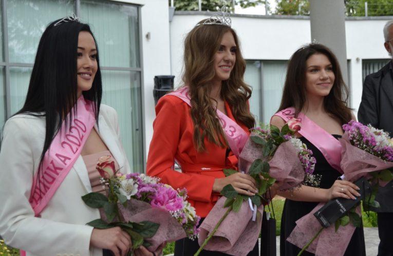 Казанлък избра виртуално Царица Роза 2020
