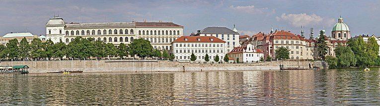 Нови условия за влизане в Чехия за пътуващите през Румъния