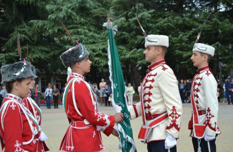 Казанлък освети гвардейско знаме днес
