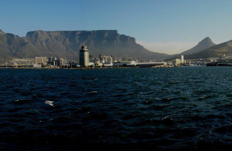 Южна Африка отваря граници