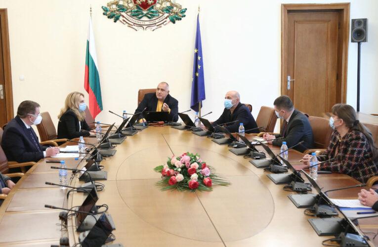 Министрите с грижа за бизнеса и гражданите
