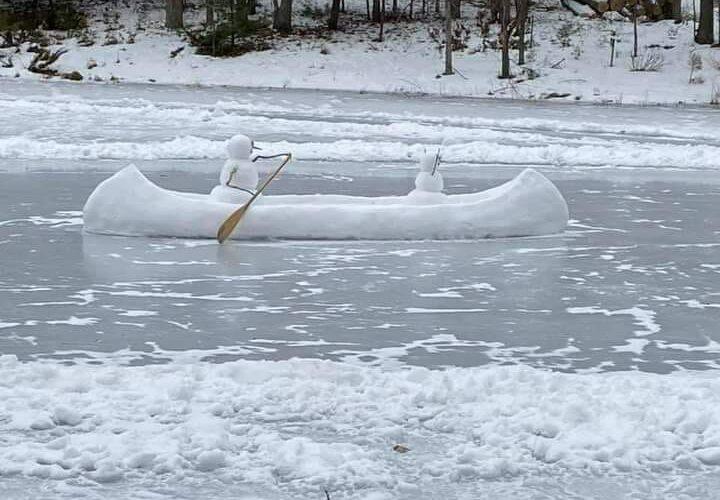 Приказка за Снежния човек, който си направил лодка