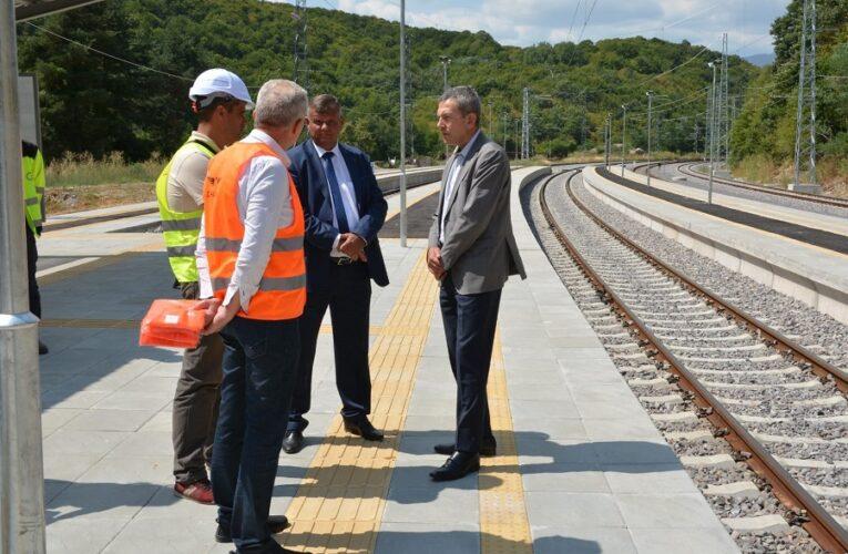 Завърши ремонтът на най-дългия жп тунел на Балканите